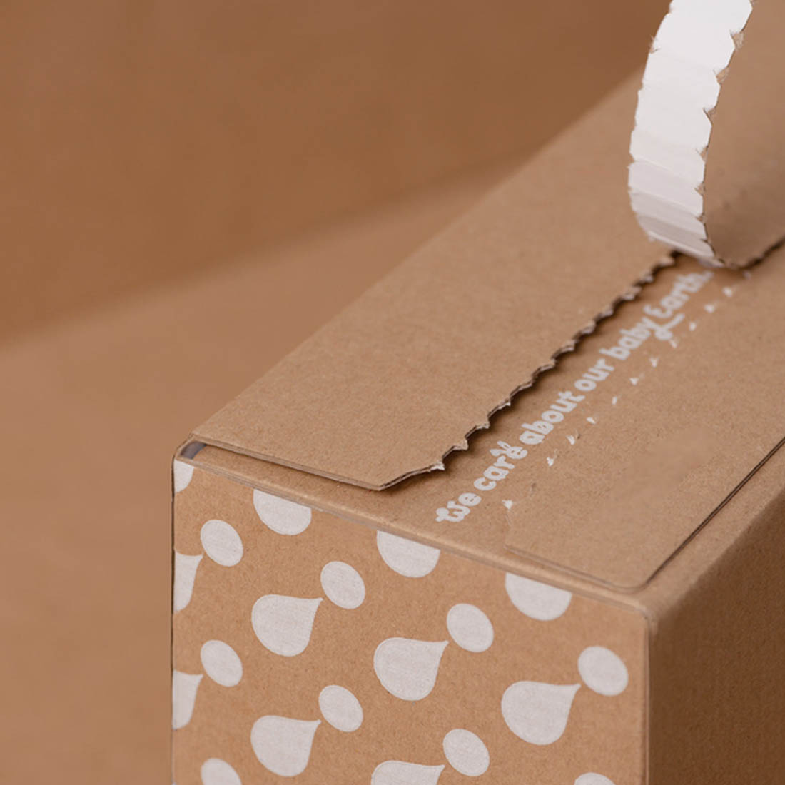 One-color print on take-away packaging is cheaper than multicolored.