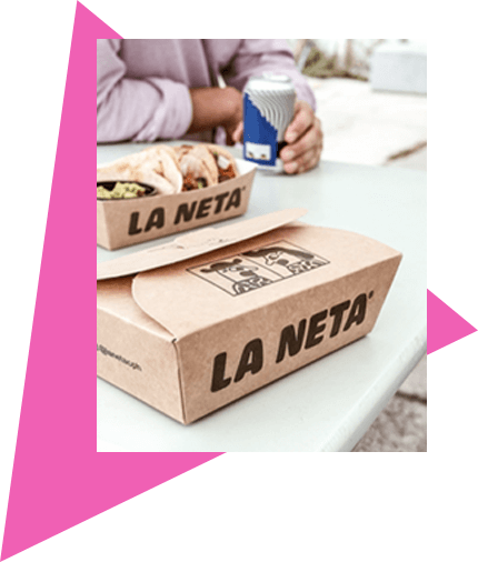 Closed box and tray made of brown paper with La Neta print.