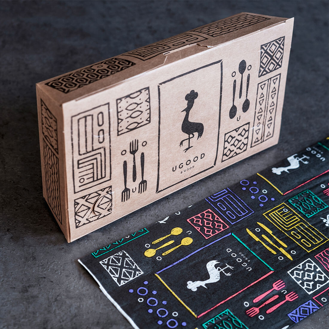 The print on the packaging for Ugood presents graphics with ethnic patterns that harmonize with the image of the restaurant.