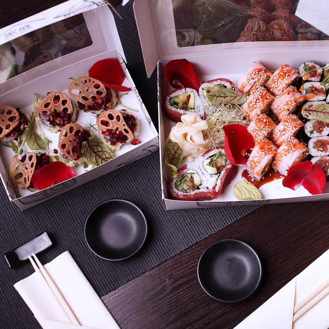 A paper sushi box is a new trend in the industry. Eco-friendly, aesthetic packaging and an excellent advertising medium.